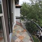 3332 Grustark -balcony